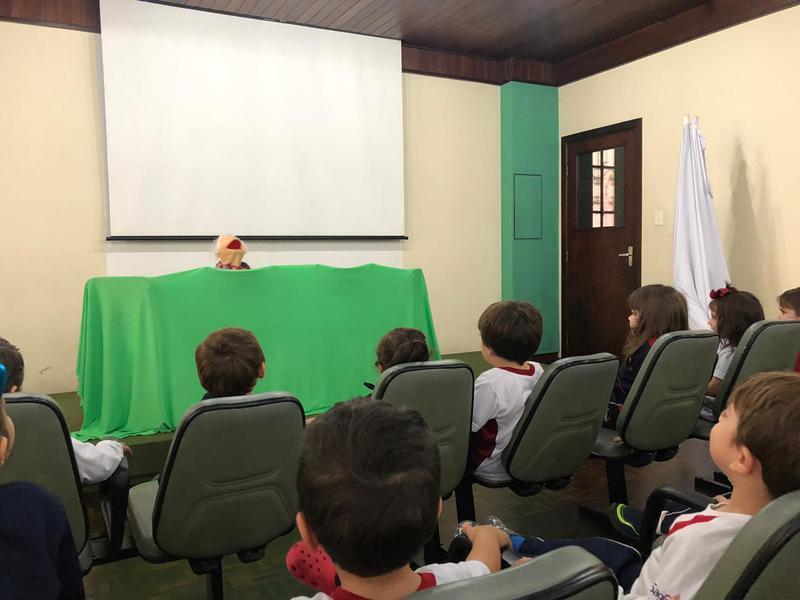 Ano Literário 2019: educandos iniciam os estudos preparatórios e aprendem sobre os teatros de Sombras, de Fantoche, Italiano e de Rua