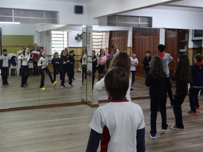 Aula de Dança Urbana com 5º ano