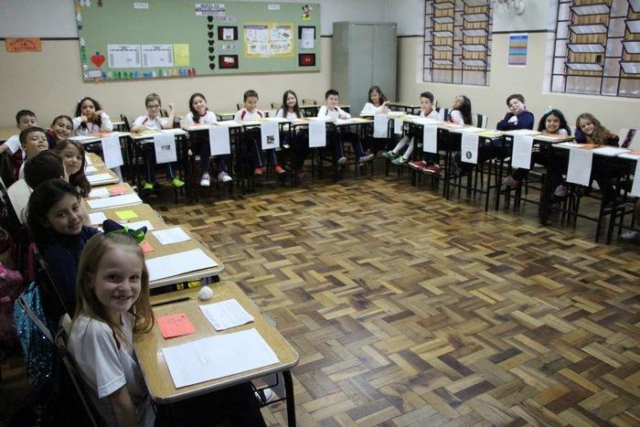 Educandos dos 3ºs anos recebem familiares para uma Tarde de Autógrafos