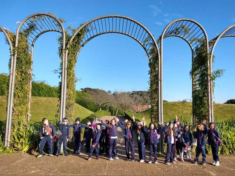 City Tour: durante Aula de Campo, educandos conhecem melhor a cidade de Curitiba e visitam seus principais pontos turísticos