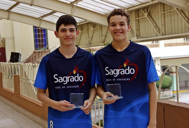Educandos do Ensino Médio conquistam 2º lugar no Torneio de Vôlei de Duplas promovido pelos Colégios Sagrado Coração e Imaculada Conceição, de Curitiba