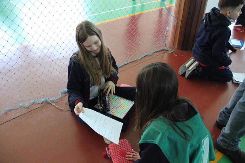 Educandos do 7º ano do Colégio Sagrado Coração de Jesus, de Curitiba/PR, vivenciam prática de coaching em atividade de Educação Física