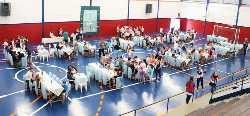 Unidade Educacional Escola São Domingos realiza lanche especial para as famílias em homenagem ao Dia dos Pais