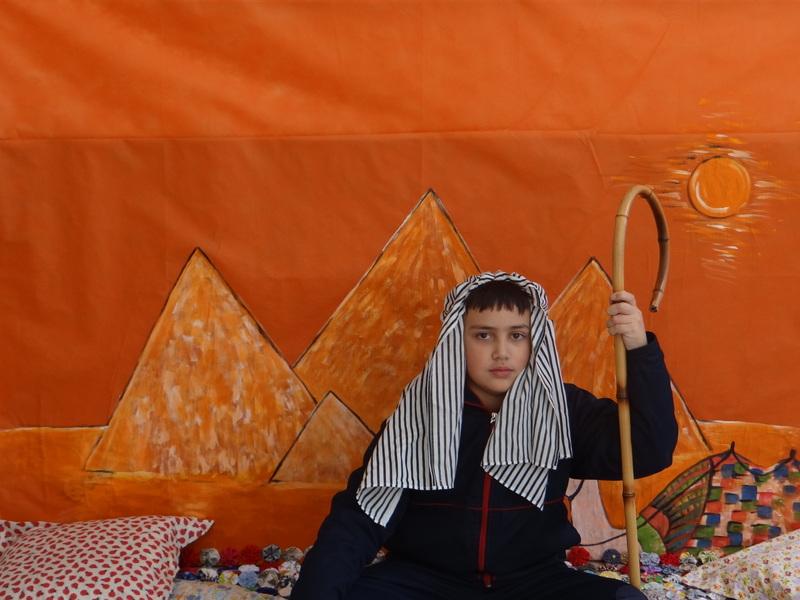 Mergulhando no ambiente Egípcio com o 6º ano