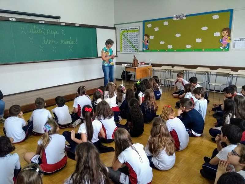 Turmas do 3º ano têm palestra sobre o Estatuto da Criança e do Adolescente