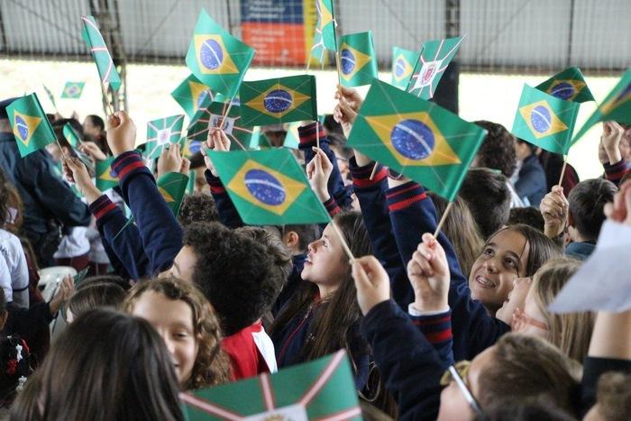 """Semana da Pátria: """"Promoção da Paz e mais amor pela Vida"""""""