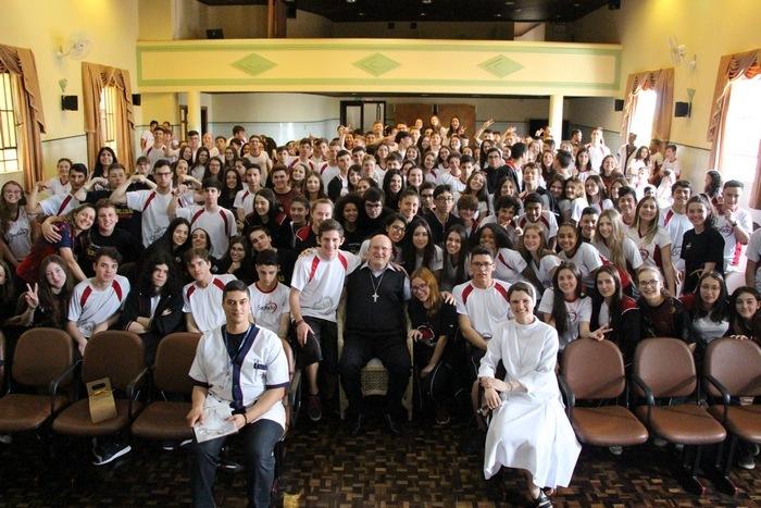 Ensino Médio participa de bate-papo com o Arcebispo de Curitiba