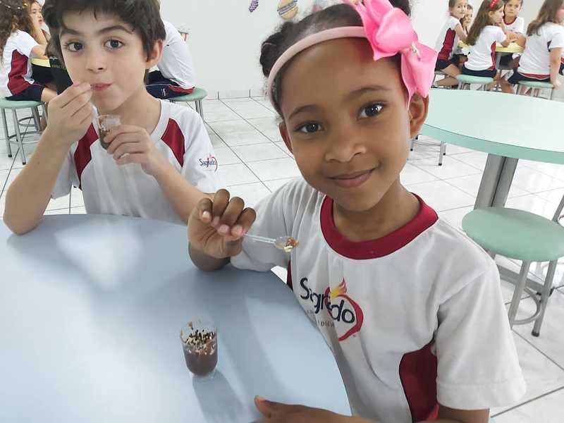 Pizza, vitamina e agora brigadeiro: educandos do 1º ano se preparam para apresentação do Plano 2020