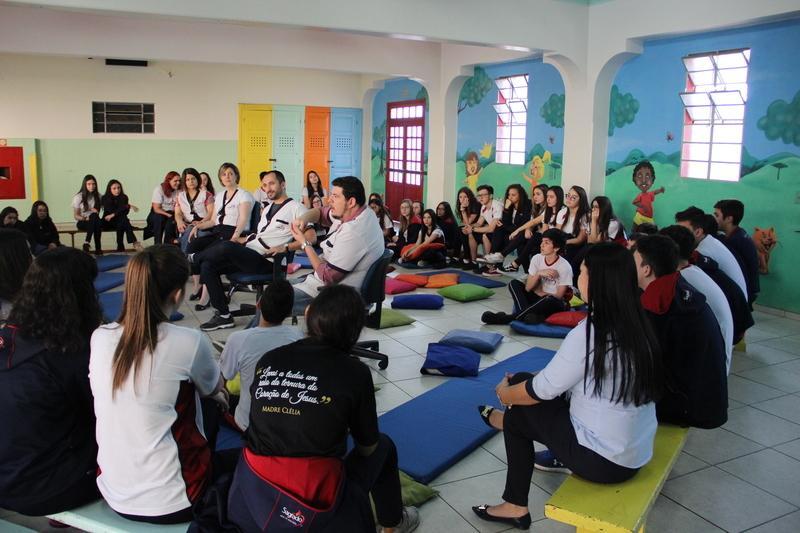 INTERLIGADOS: evento reúne educandos e educadores para falar sobre a transição do 9º ano para o Ensino Médio