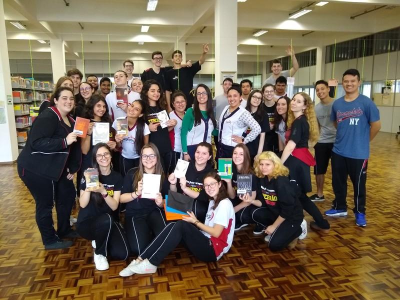 De olho no vestibular: educandos do Terceirão participam de mais uma rodada do Tour Literário