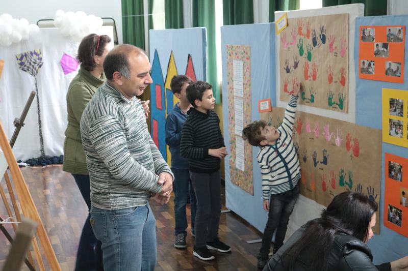 Plano 2020 Infantil III - Ateliê Sagrado: Brincando com Ivan Cruz