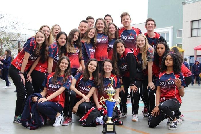 Voleibol do Imaculada conquista 1º lugar em Torneio