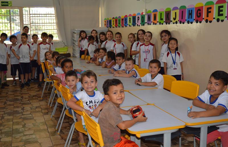 Projeto Bilíngue - Donate Toys: Campanha de Doação de Brinquedos