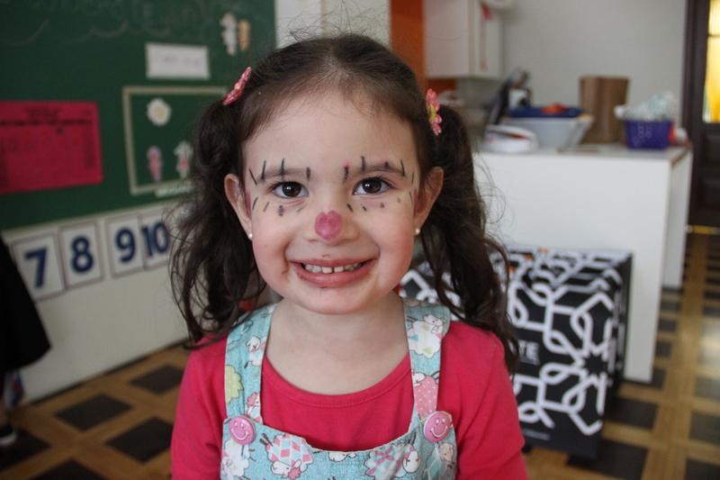 Magia do circo invade Colégio Sagrado Coração de Jesus na comemoração pelo Dia das Crianças