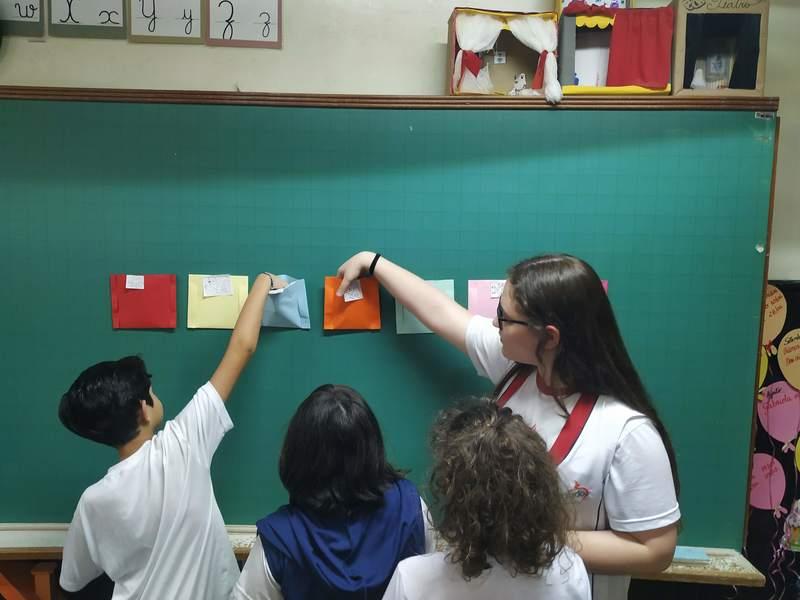 Normalistas da 2ª série do Curso de Formação de Docentes realizam Pré-Regência nas escolas em que estagiam