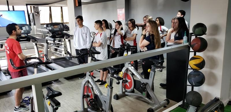 Atividade física para a saúde – Musculação dentro e fora do ambiente escolar