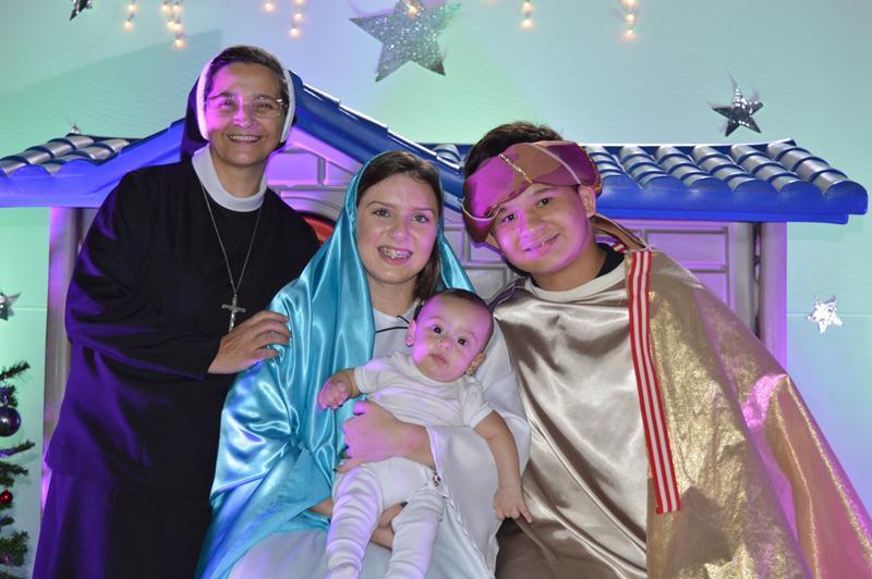 """Celebração Natalina – """"Sagrada Família, Berço do Amor"""""""