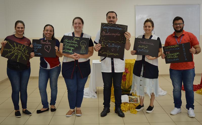 Educadores participam de Retiro por ocasião do Natal