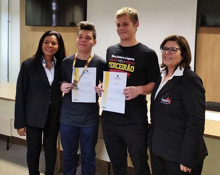 Educandos do SAGRADO PG são destaque na XIX Olimpíada Paranaense de Química