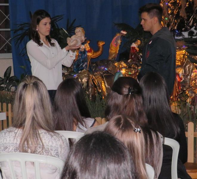 Educadores participam de Celebração Natalina