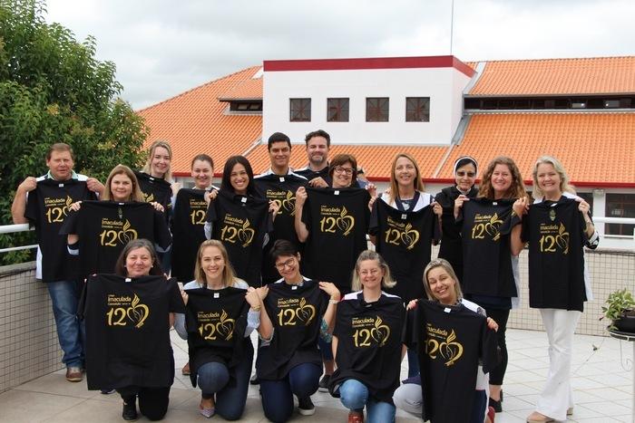 Educadores são acolhidos no ano comemorativo dos 120 anos do Colégio Imaculada Conceição