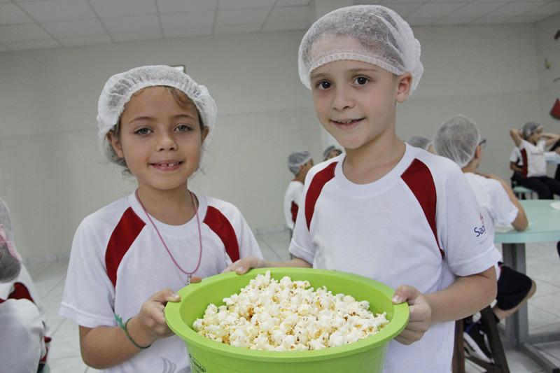 Com uma deliciosa culinária usando milho, turmas do 3º ano aprendem sobre municípios e a comunidade rural