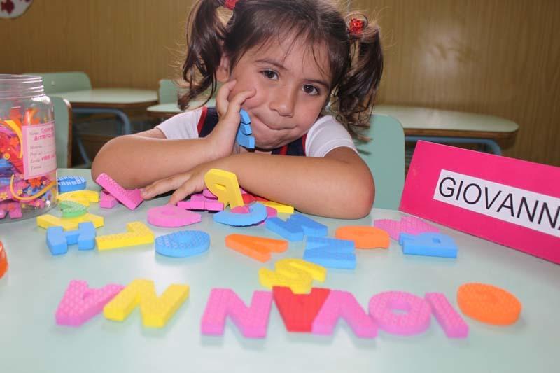 Brincando com as letras do alfabeto
