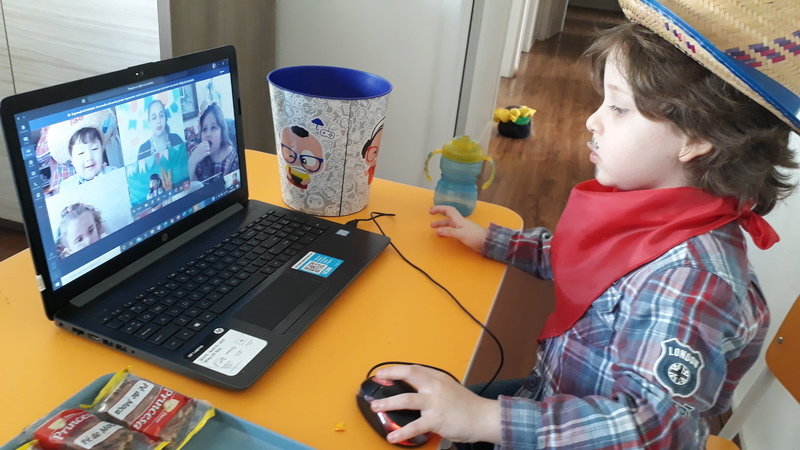 #SagradoEmCasa - Arraiá com Tarsila: turmas do Infantil IV realizam festa junina on-line e ainda aprendem mais sobre arte