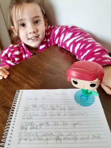 #SagradoEmCasa - My favorite toy: em Inglês, turmas do 2º ano contam sobre seus brinquedos preferidos