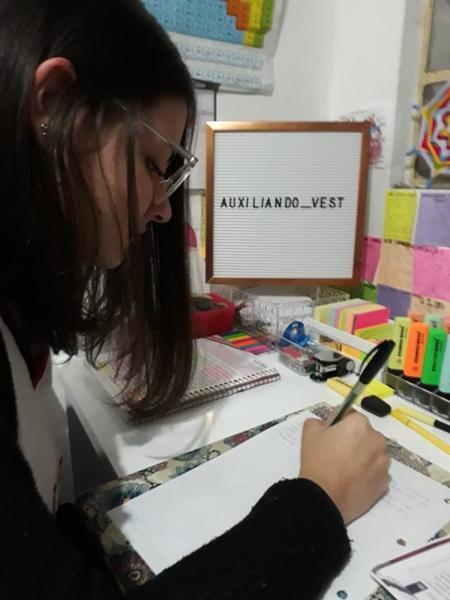 Educanda do Terceirão cria perfil no Instagram para publicar dicas de estudo e auxiliar vestibulandos