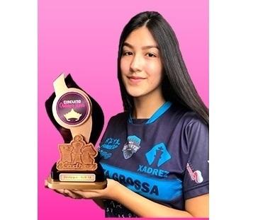Educanda do SAGRADO PG é destaque em campeonatos de Xadrez on-line