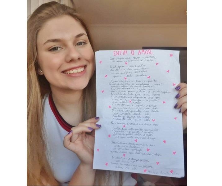 ANO LITERÁRIO: Ensino Médio dá continuidade à produção de poemas com versos livres