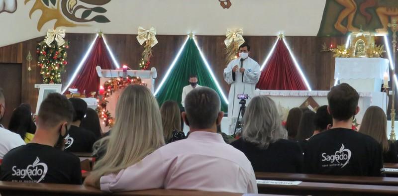 Alegria e emoção marcam a Missa em Ação de Graças pela Conclusão do Ensino Médio no SAGRADO PG