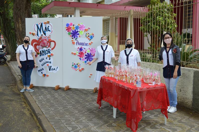 Colégio Coração de Jesus comemora o Dia das Mães