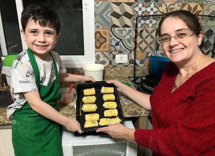 Educação Infantil, 1ºs e 2ºs anos celebram o Dia das Mães com Lives especiais e cheias de carinho