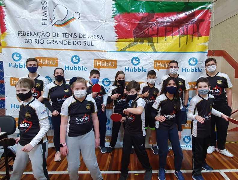 Colégio Sagrado BG participa de Campeonato de Tênis de Mesa em Caxias do Sul
