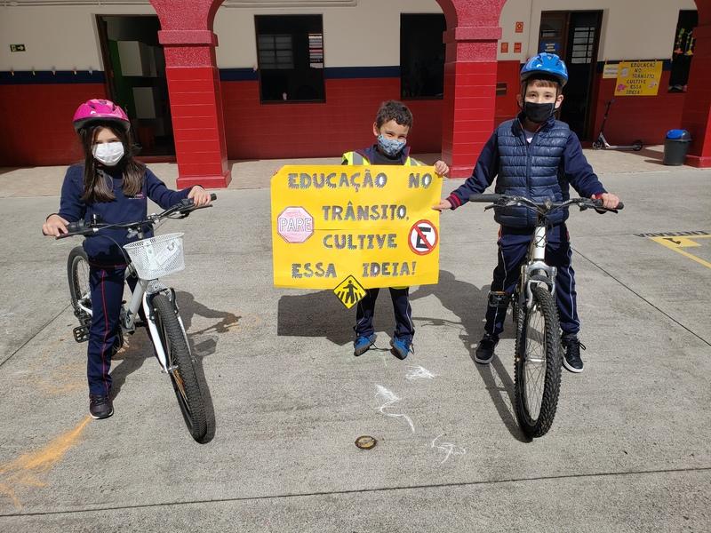 Educandos do Período Integral e Semi-Integral participam de Semana de Educação no Trânsito