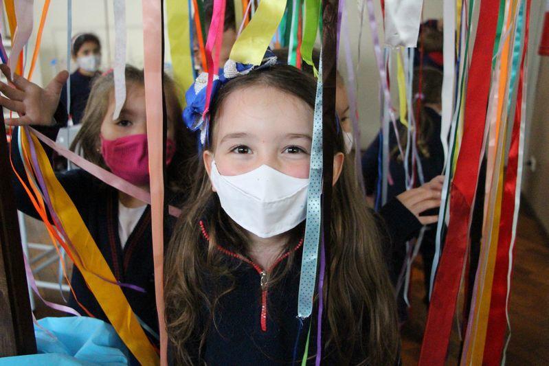 Mostra da Educação Infantil: narrativas sobre vivências e experiências do brincar e das interações